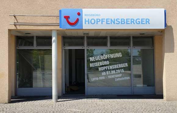 Das neue Büro des Reisebüro Hopfensberger am Walter-Sedlmayr-Platz